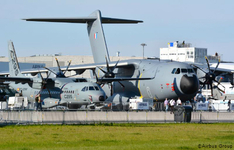 Thumb_c-295_and_a400m_lo_-_airbus_defense