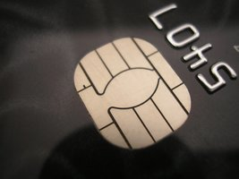 Thumb_credit-card-chip-1240691