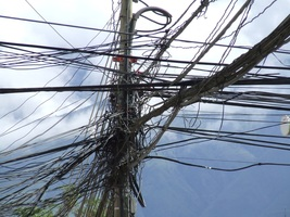 Thumb_wind-line-tower-mast-electricity-cables-924087-pxhere.com